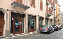 Locale commerciale situato in via Santa Croce 19, Moncalieri
